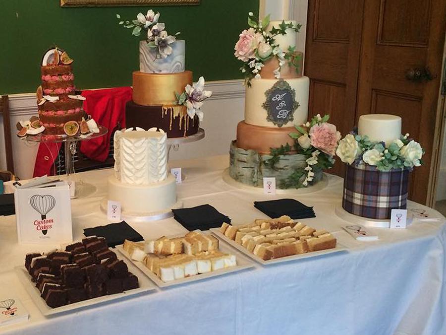 custom-cakes-by-lyndsey